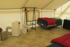 Glamping Tent Sleep 4 to 6 Picture 2