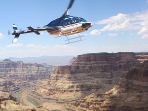 WA4 Cowboy Cabin & Grand Canyon Helicopter Tour Photo 1