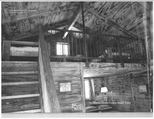 Smith and Ketchum Large Pine Cabins sleep up to 5 Photo 2